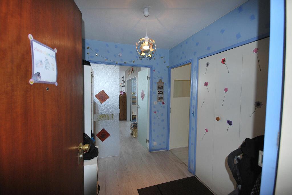 Achat Appartement 4 pièces à Créteil - vignette-3