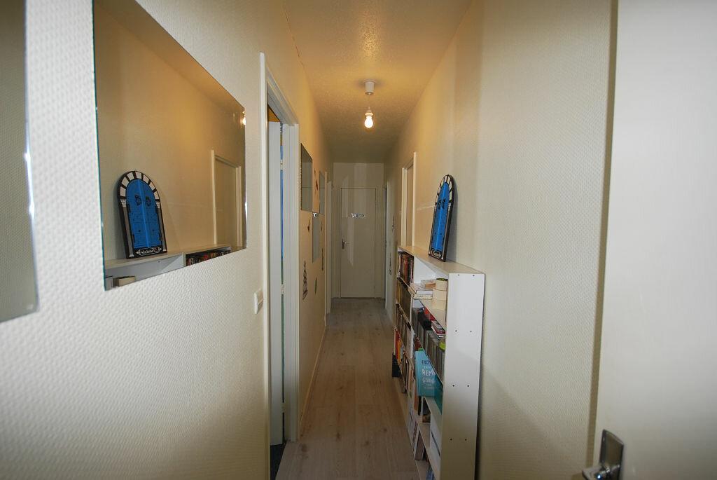 Achat Appartement 4 pièces à Créteil - vignette-8