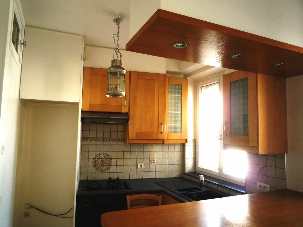 Achat Appartement 4 pièces à Nogent-sur-Marne - vignette-2