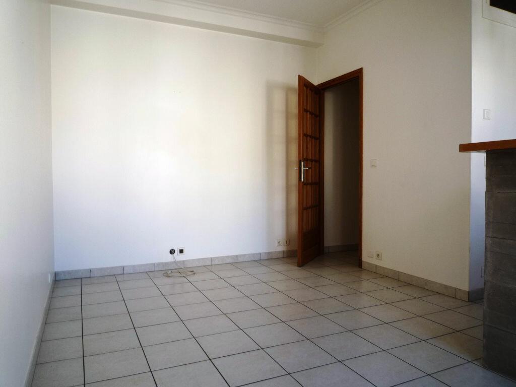 Achat Appartement 4 pièces à Nogent-sur-Marne - vignette-4