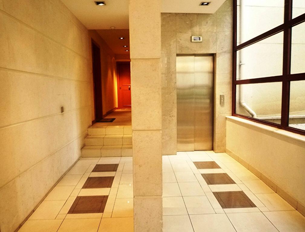 Achat Appartement 5 pièces à Nogent-sur-Marne - vignette-4
