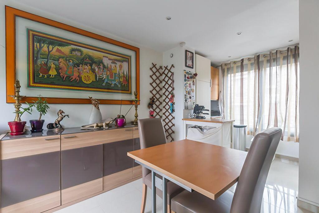 Achat Appartement 3 pièces à Nogent-sur-Marne - vignette-3