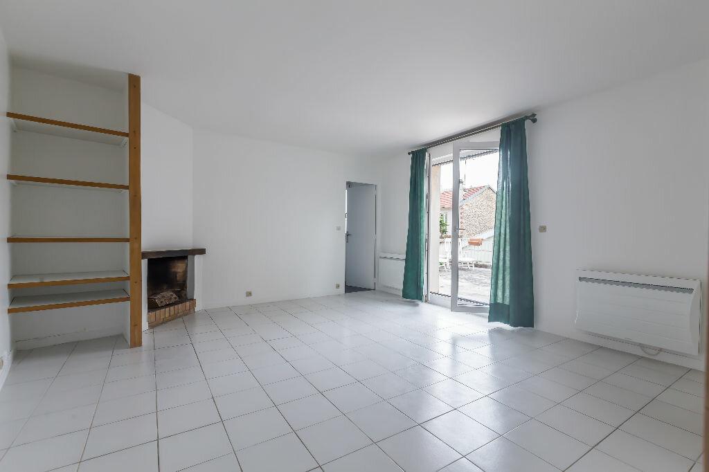 Achat Appartement 2 pièces à Nogent-sur-Marne - vignette-3