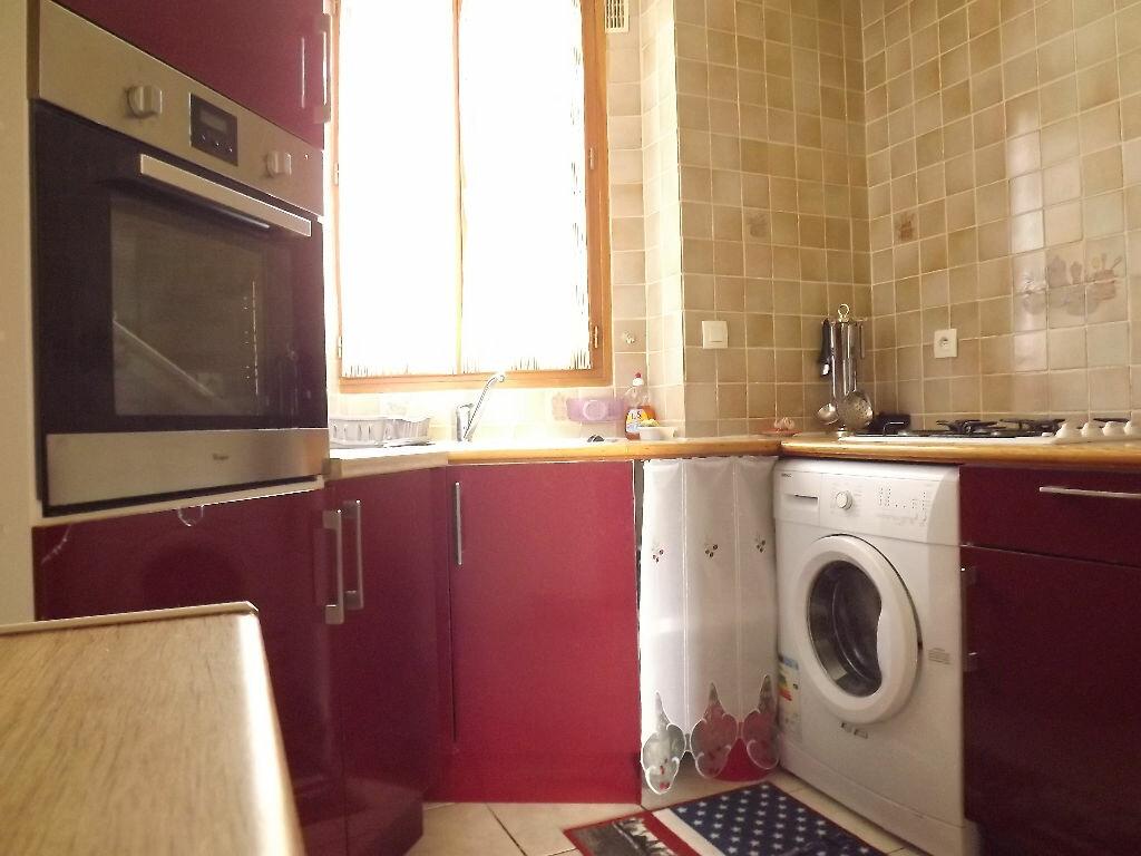 Achat Appartement 3 pièces à Paris 18 - vignette-2