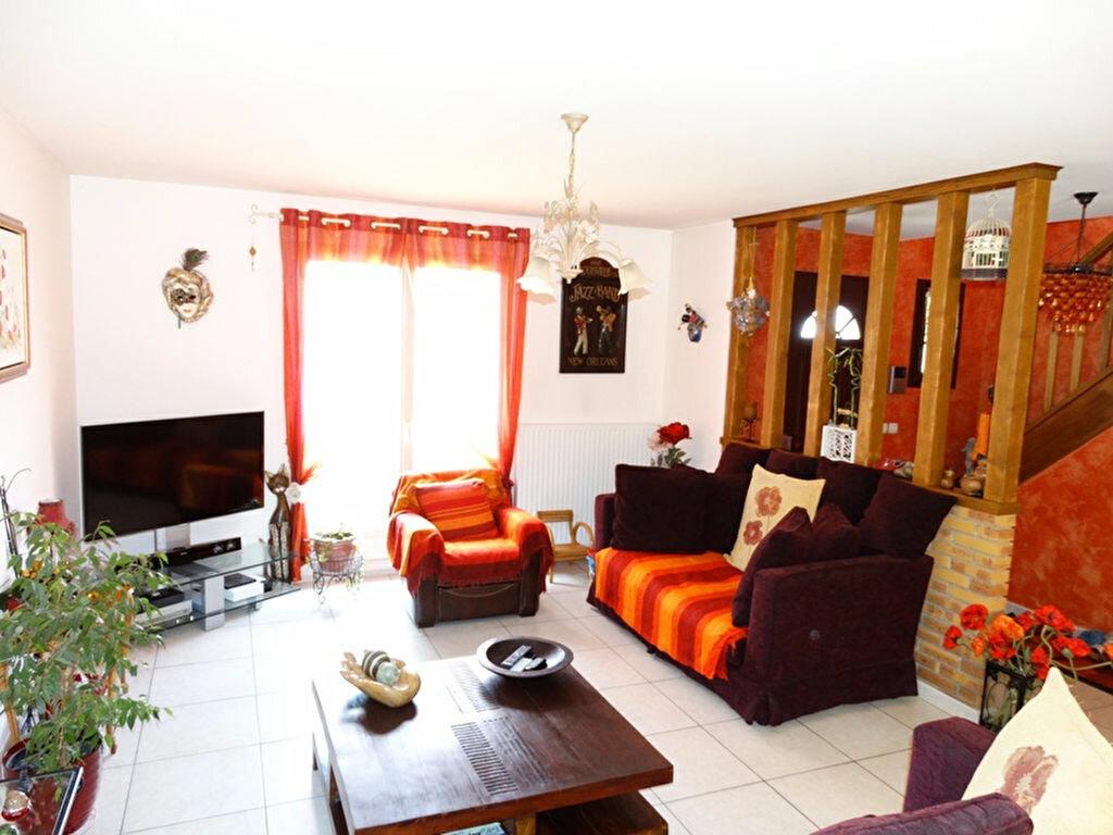 Achat Maison 6 pièces à Mézières-sur-Seine - vignette-8