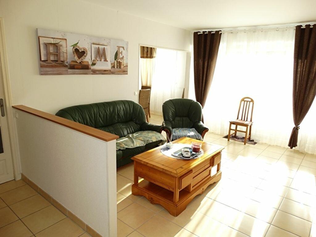 Achat Appartement 5 pièces à Aubergenville - vignette-1