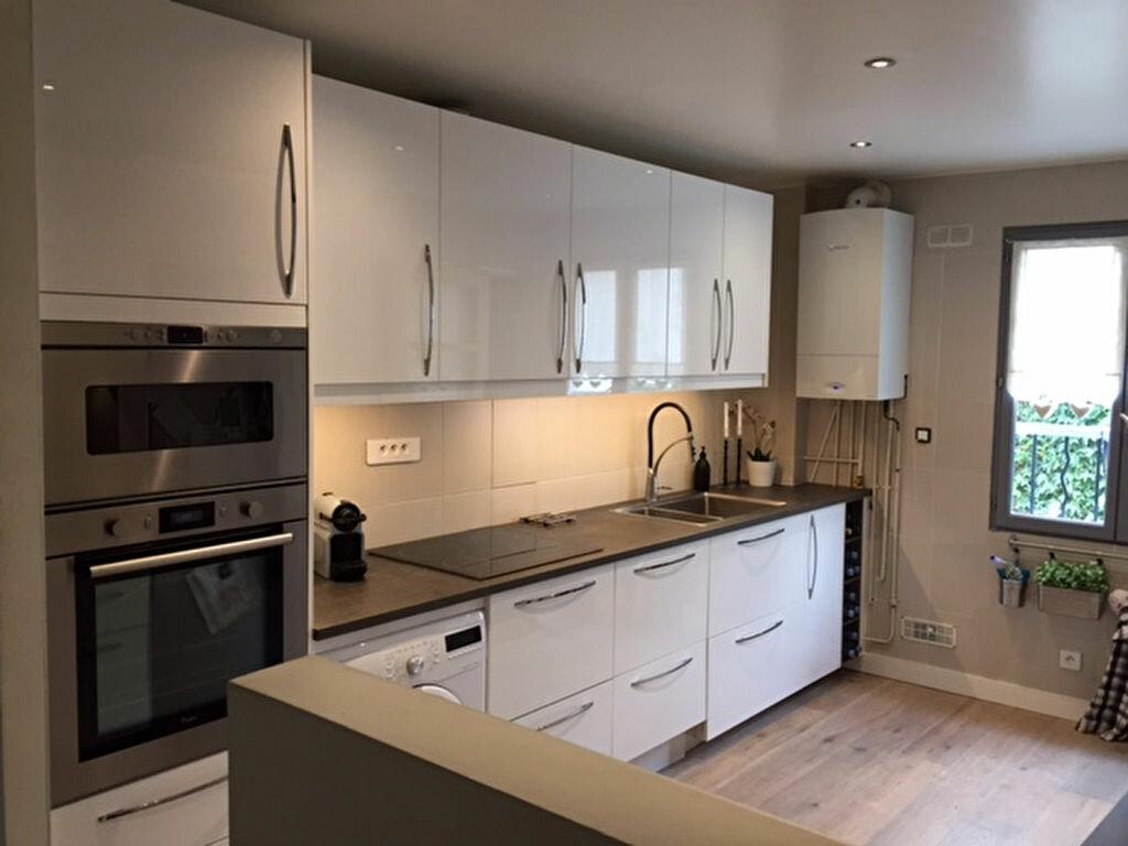 Achat Appartement 3 pièces à Mézières-sur-Seine - vignette-1