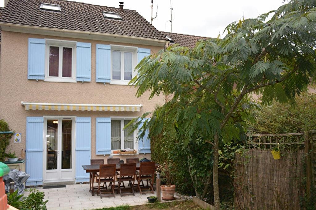 Achat Maison 4 pièces à Flins-sur-Seine - vignette-1