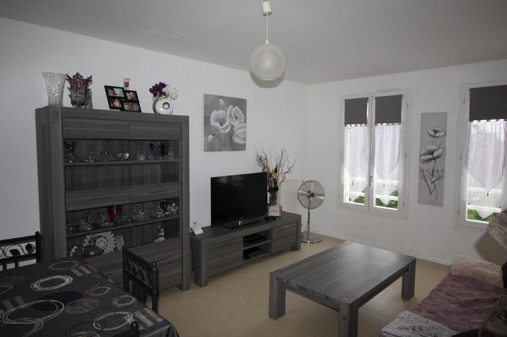 Achat Appartement 2 pièces à Élancourt - vignette-1