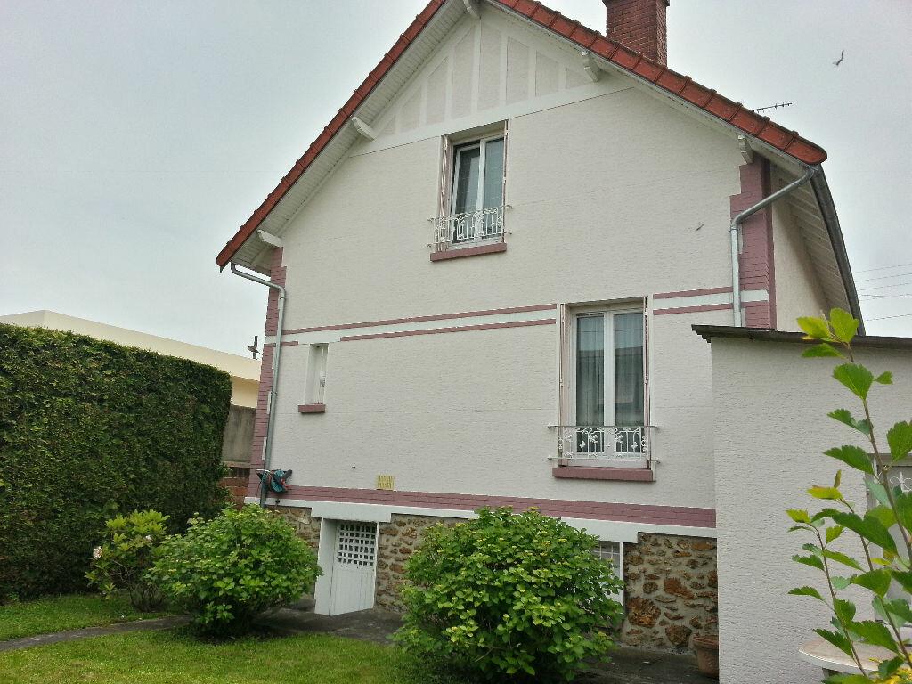 Achat Maison 5 pièces à Neuilly-sur-Marne - vignette-1