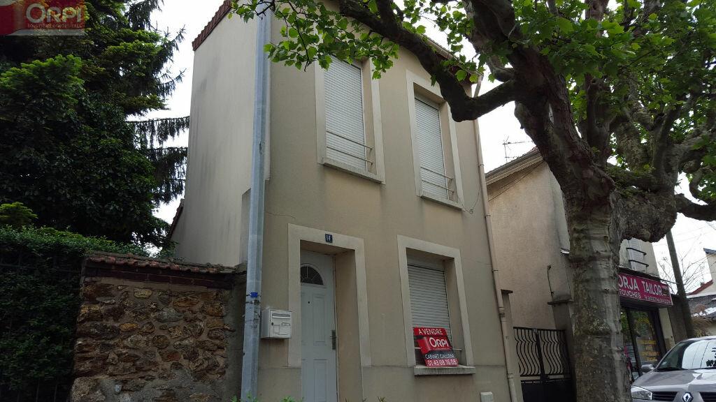 Achat Maison 4 pièces à Neuilly-Plaisance - vignette-1