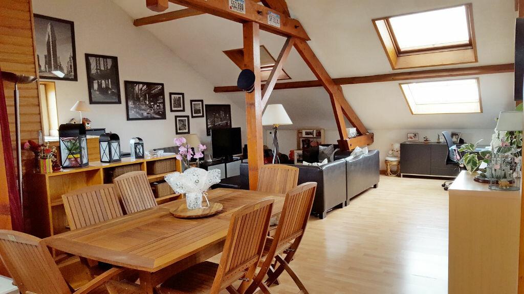 Achat Appartement 4 pièces à Neuilly-sur-Marne - vignette-1