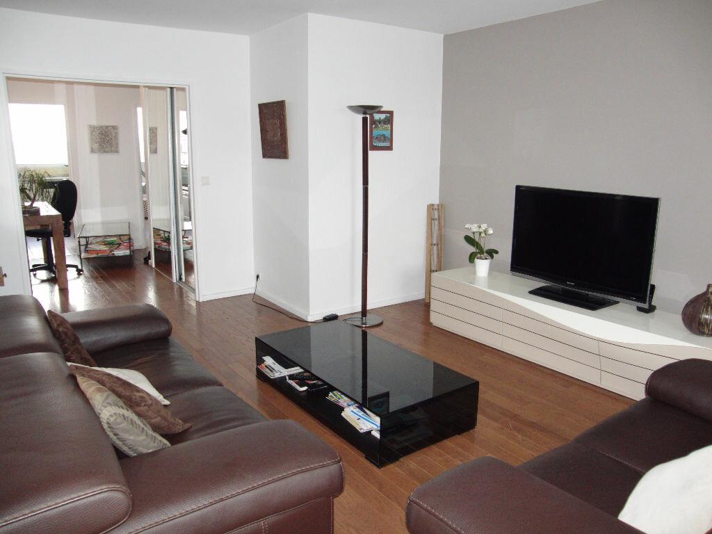 Achat Appartement 4 pièces à Maisons-Alfort - vignette-1
