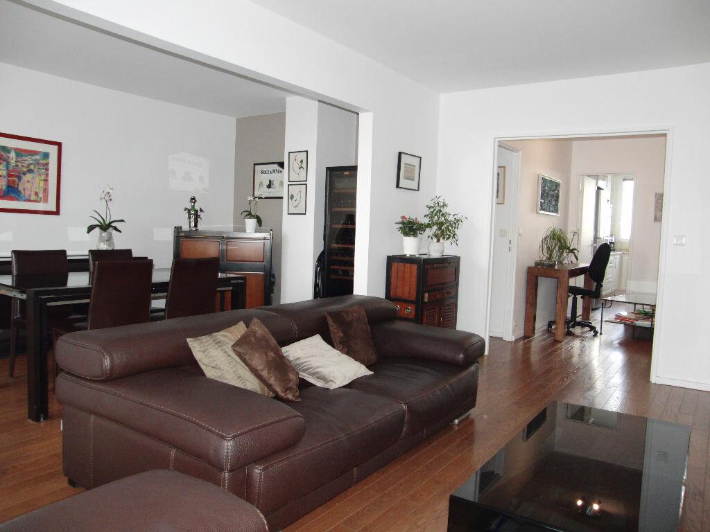 Achat Appartement 4 pièces à Maisons-Alfort - vignette-3