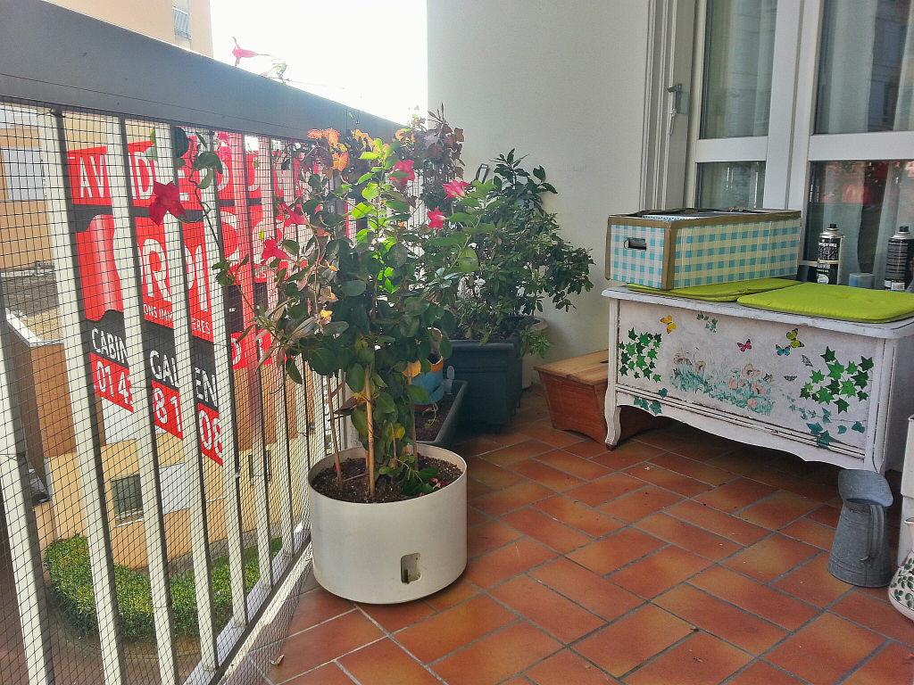 Achat Appartement 4 pièces à Neuilly-sur-Marne - vignette-2