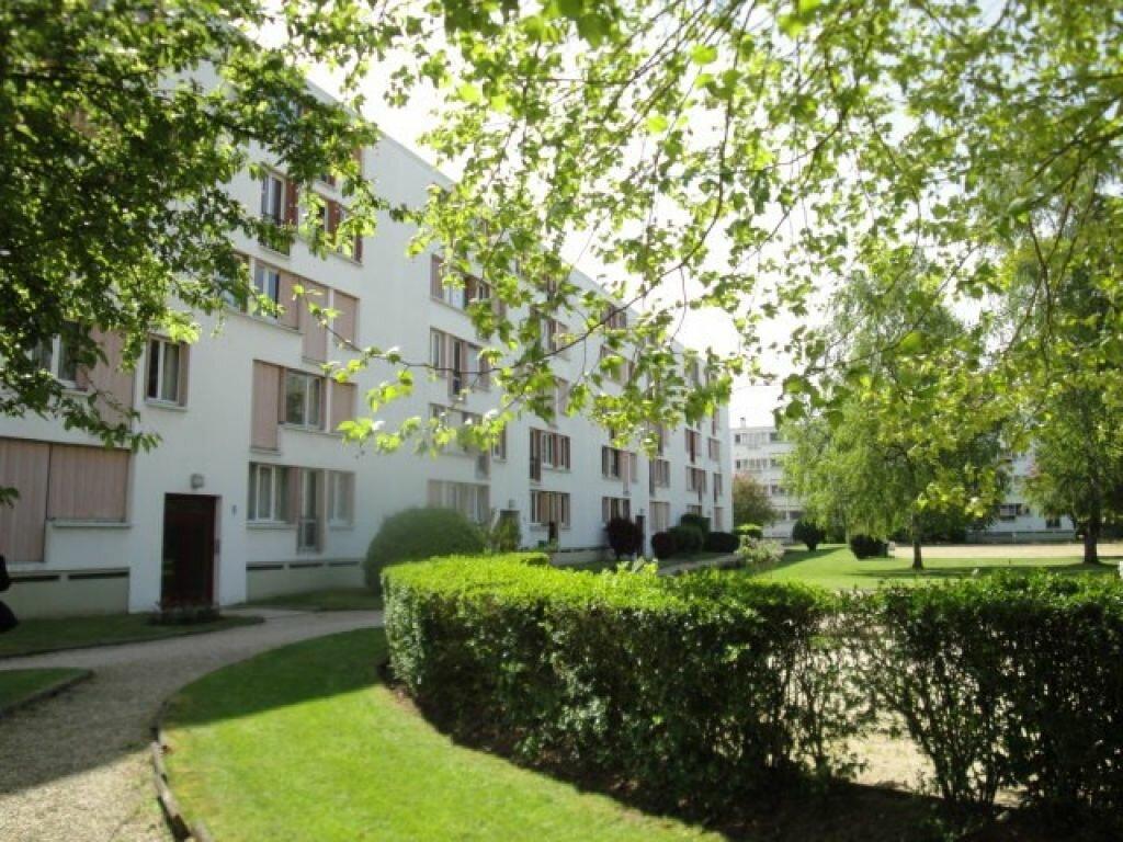 Achat Appartement 4 pièces à Lagny-sur-Marne - vignette-2