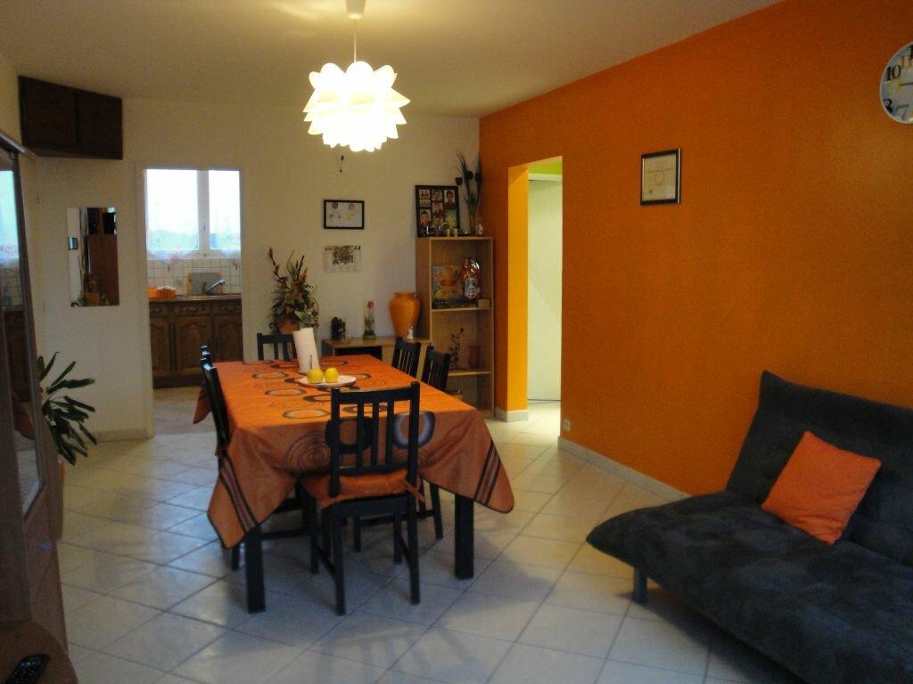 Achat Appartement 4 pièces à Lagny-sur-Marne - vignette-3