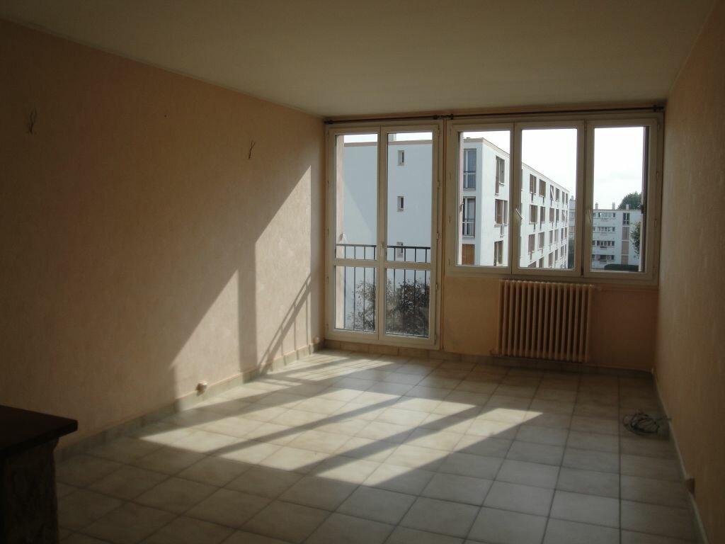 Achat Appartement 3 pièces à Lagny-sur-Marne - vignette-3