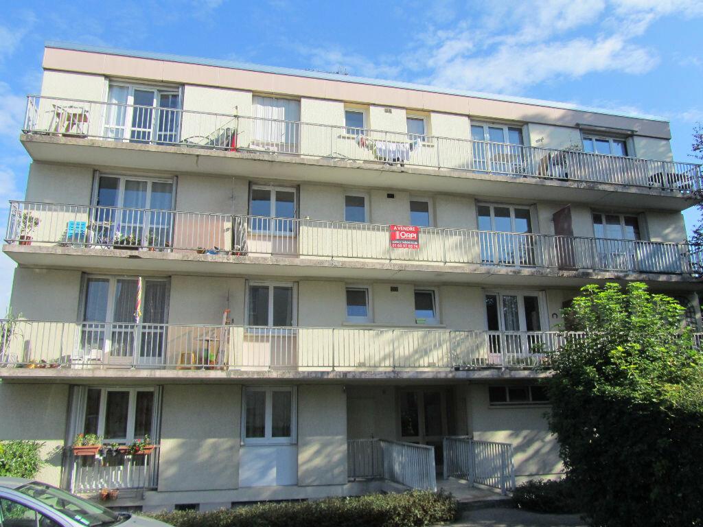 Achat Appartement 2 pièces à Lagny-sur-Marne - vignette-1