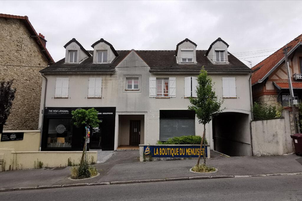 Achat Local commercial  à Lagny-sur-Marne - vignette-1