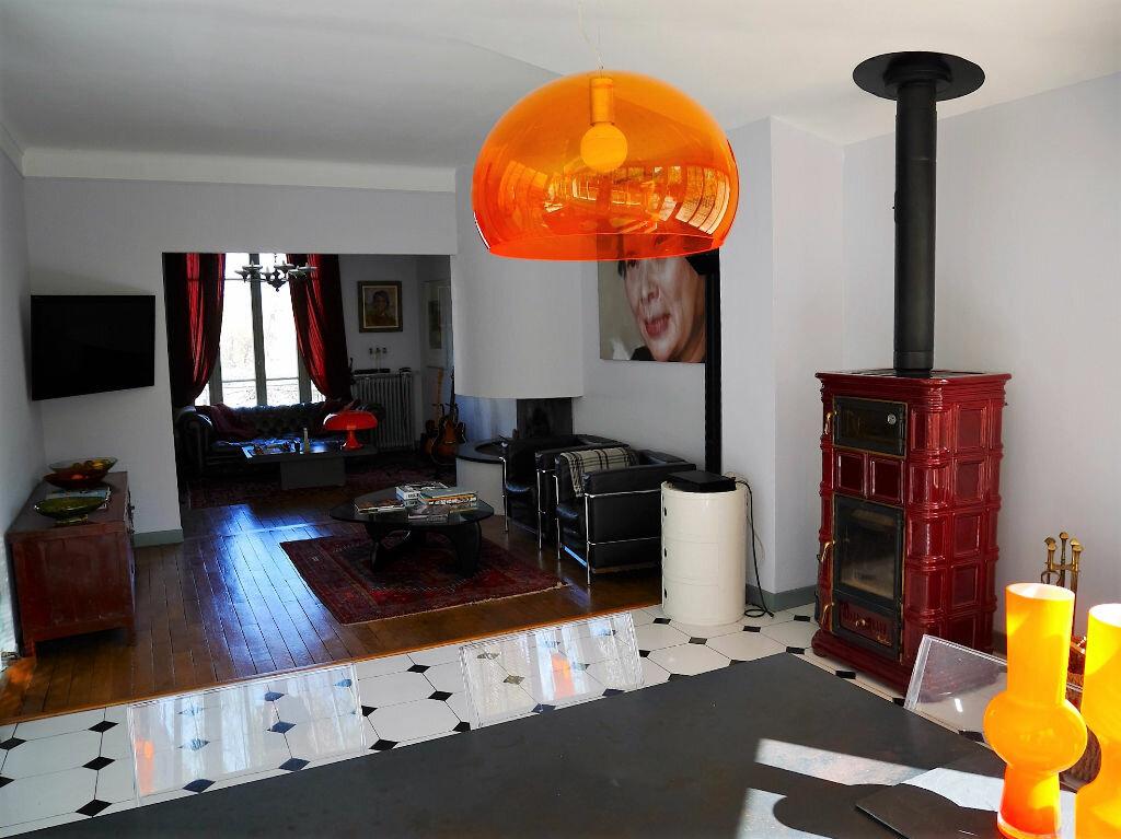 Achat Maison 8 pièces à Lagny-sur-Marne - vignette-4