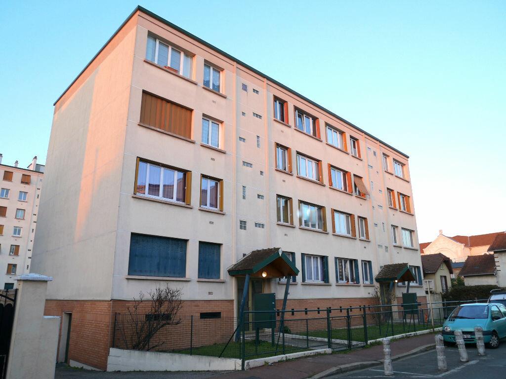 Achat Appartement 3 pièces à Les Pavillons-sous-Bois - vignette-1
