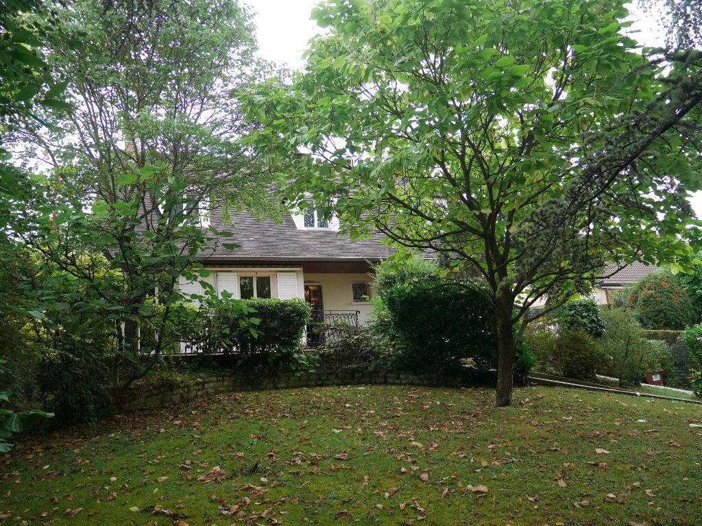 Achat Maison 7 pièces à Lagny-sur-Marne - vignette-1