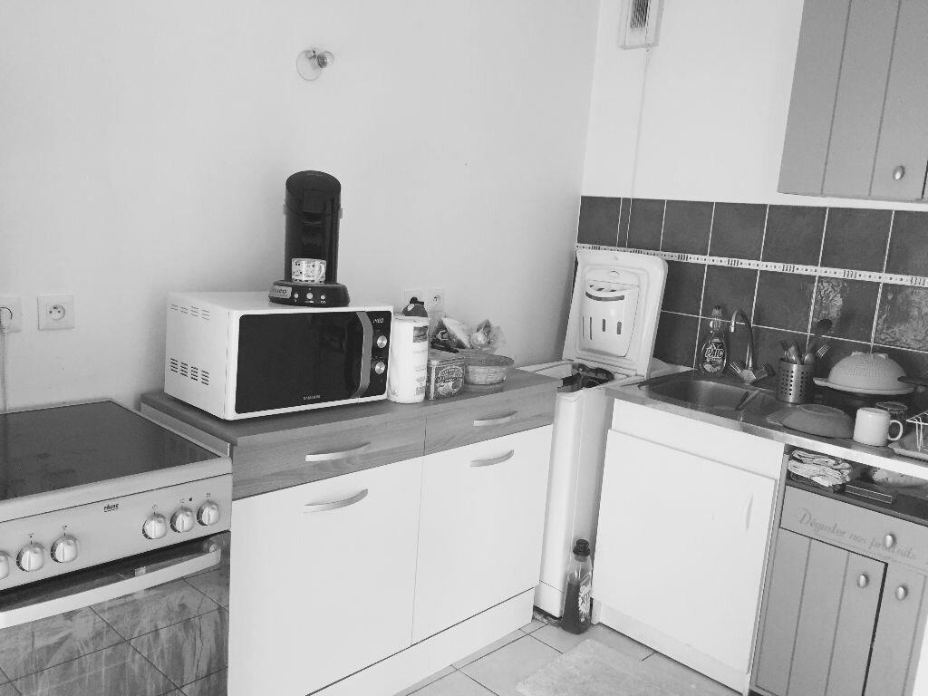 Location Appartement 2 pièces à Chelles - vignette-4