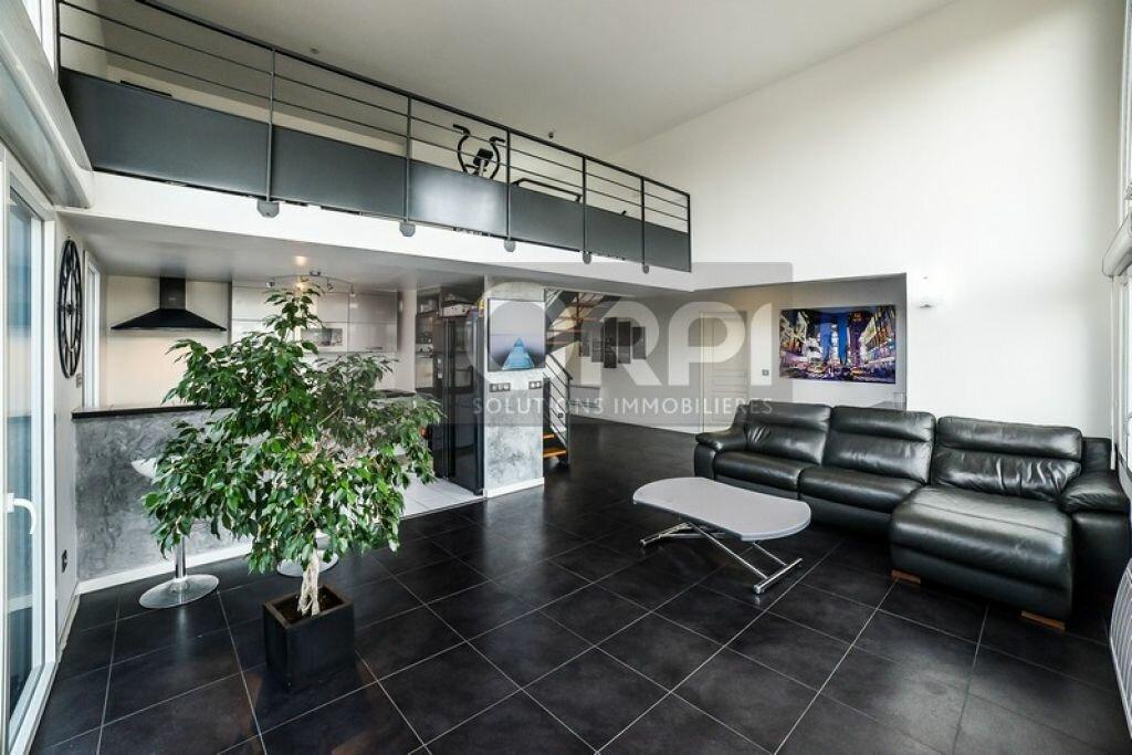 Achat Appartement 5 pièces à Neuilly-Plaisance - vignette-1