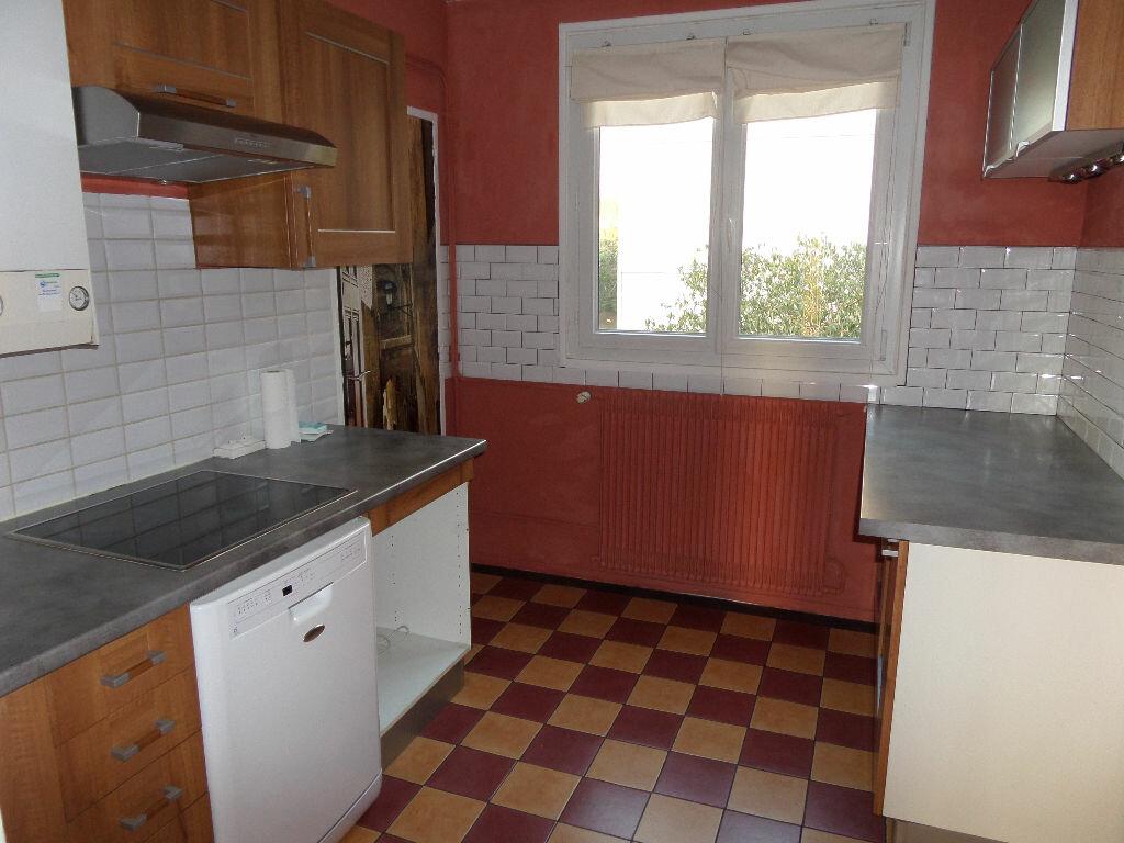 Achat Appartement 3 pièces à Gagny - vignette-3