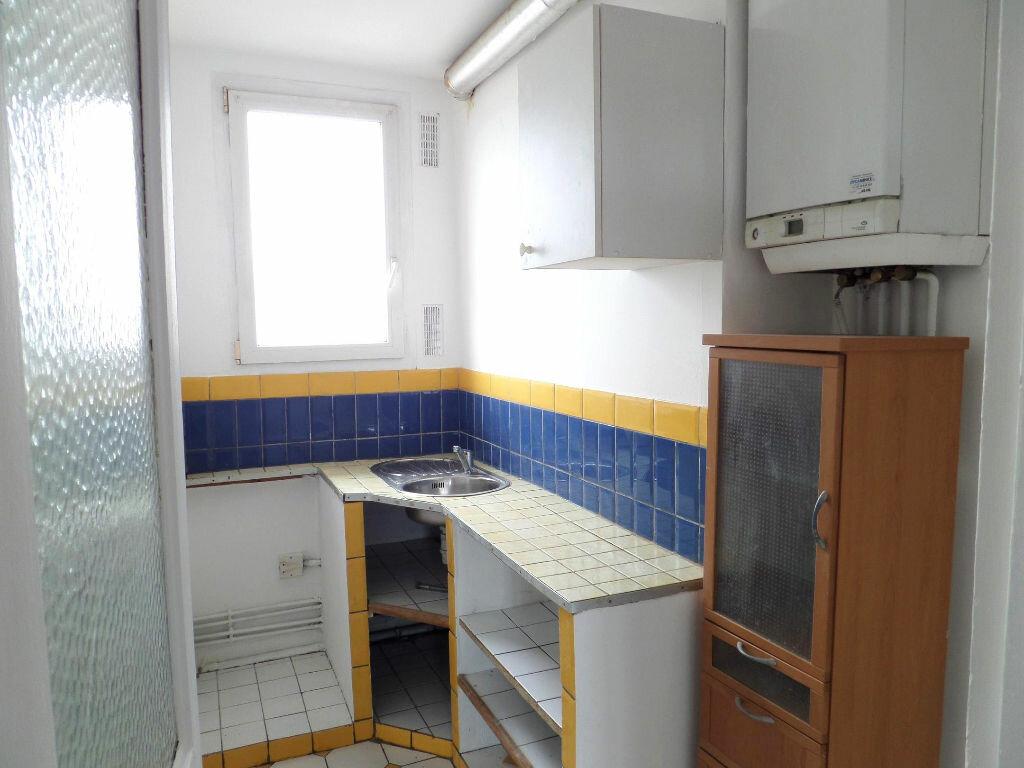 Achat Appartement 3 pièces à Villemomble - vignette-3