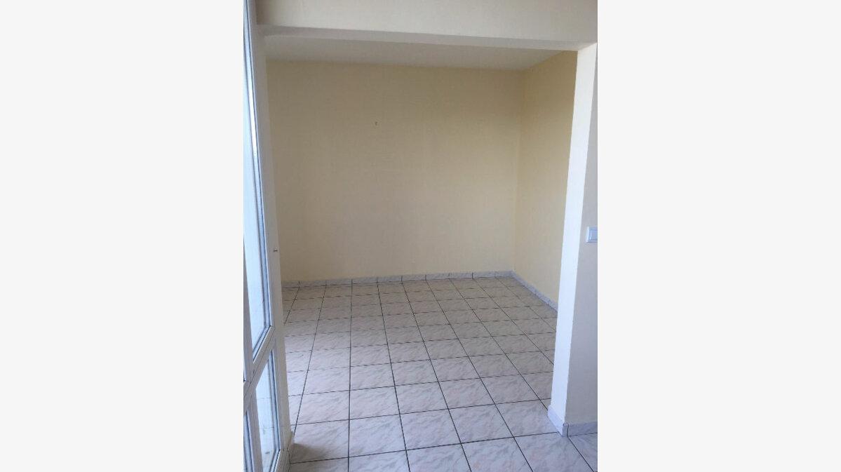 Location Appartement 4 pièces à Sevran - vignette-1