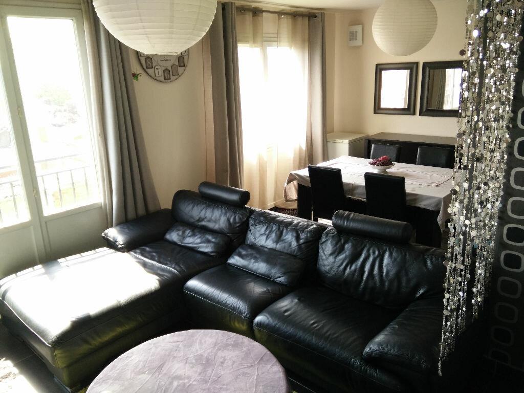 Achat Appartement 4 pièces à Drancy - vignette-1
