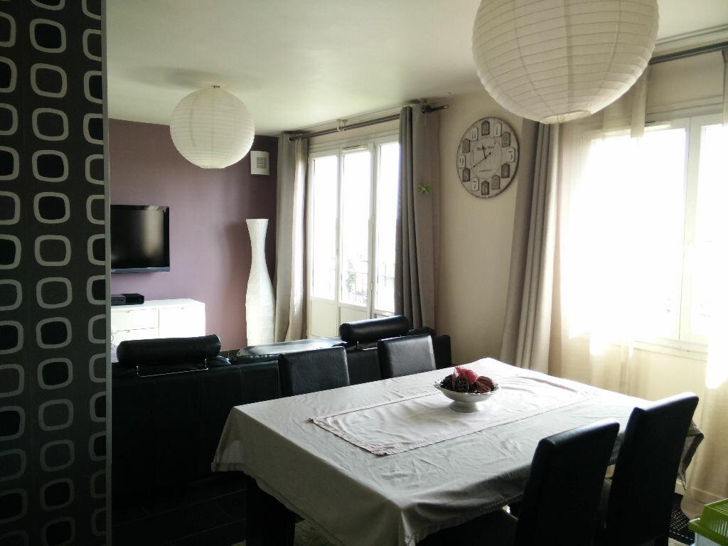 Achat Appartement 4 pièces à Drancy - vignette-2