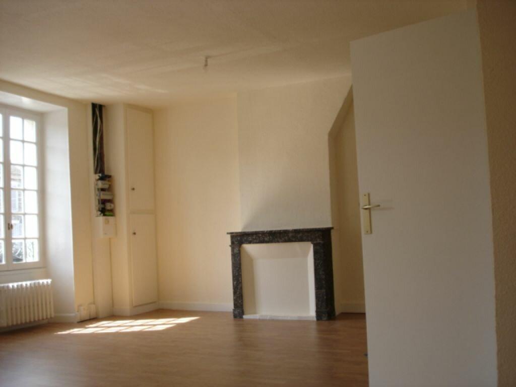 Location Appartement 4 pièces à Milly-la-Forêt - vignette-1