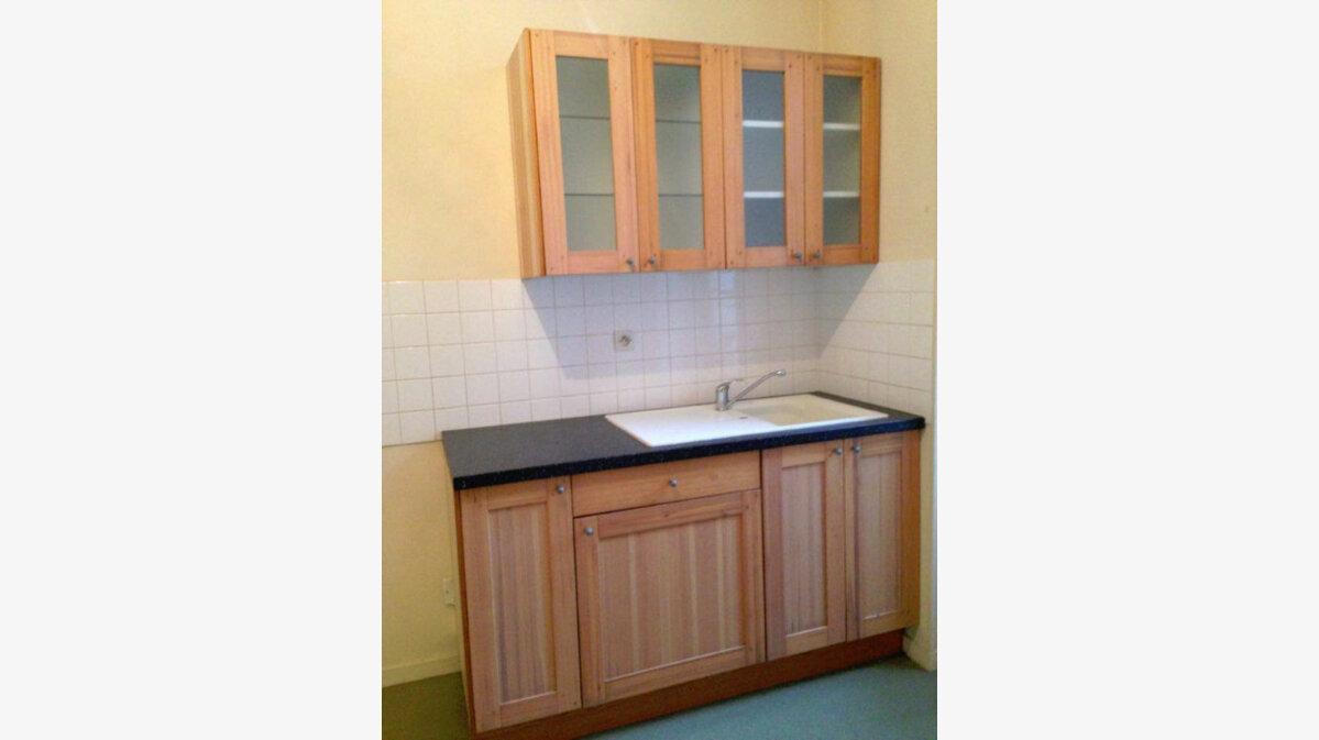Location Appartement 1 pièce à Milly-la-Forêt - vignette-1
