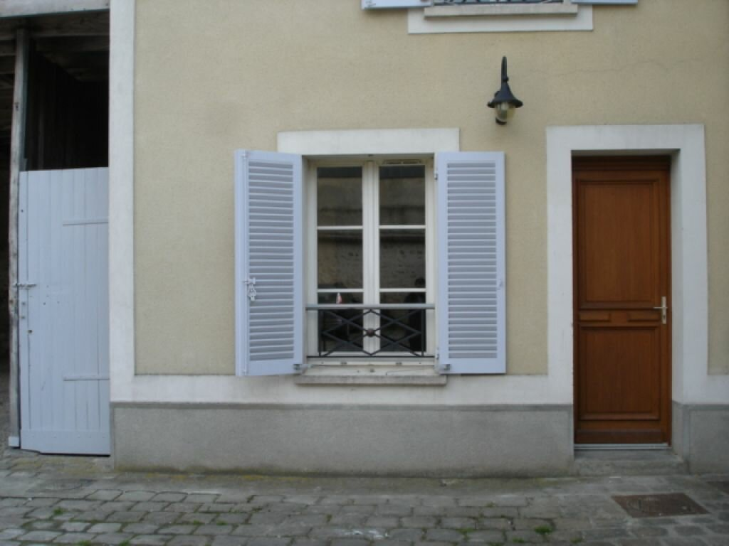 Location Appartement 1 pièce à Milly-la-Forêt - vignette-3