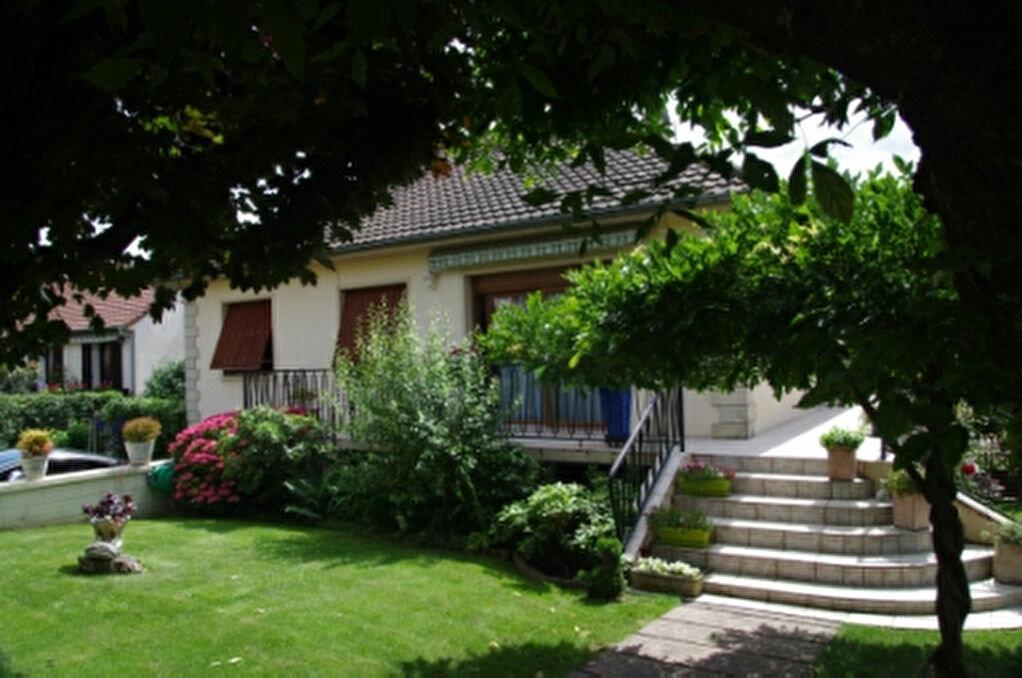 Achat Maison 4 pièces à Dannemois - vignette-1