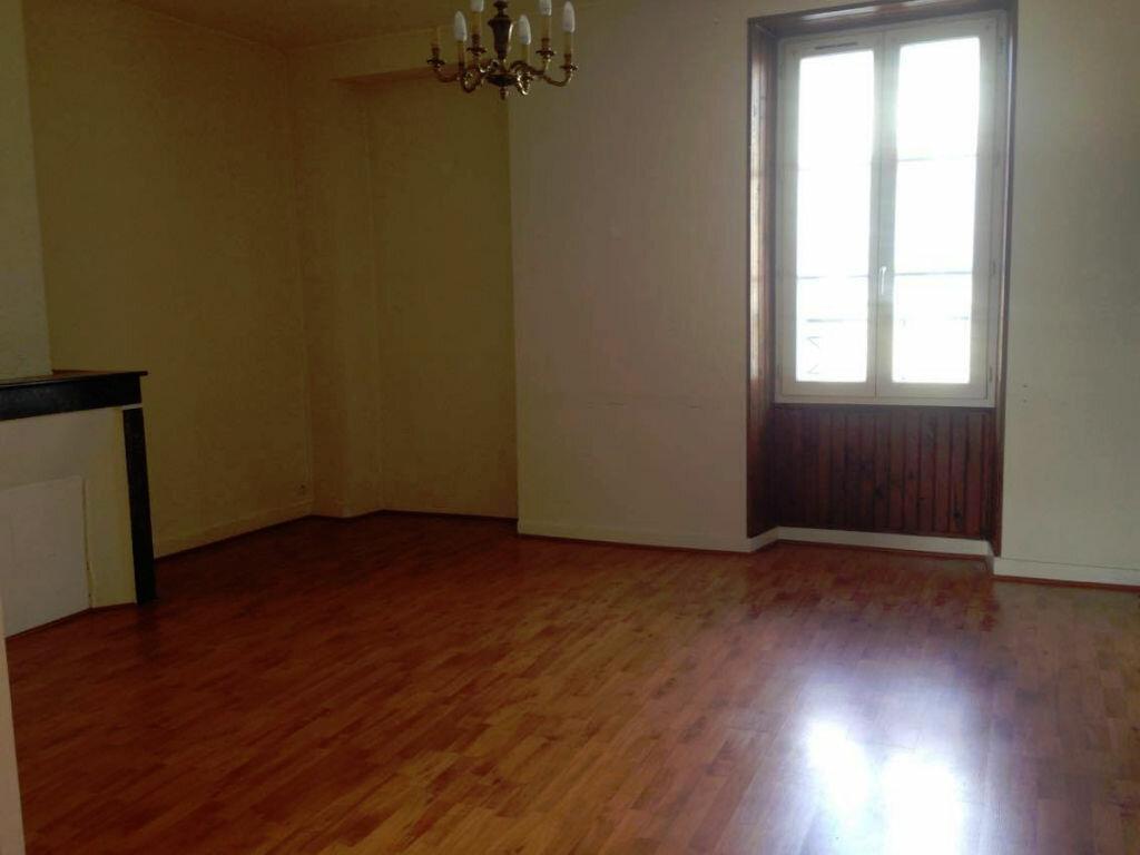 Location Appartement 2 pièces à Milly-la-Forêt - vignette-1