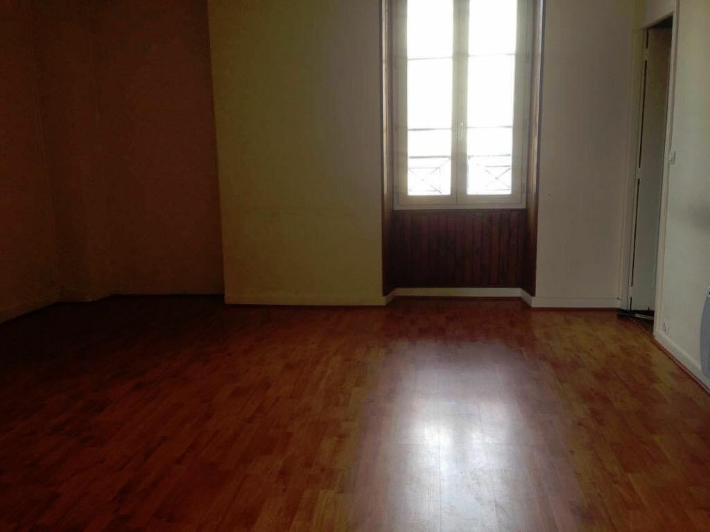 Location Appartement 2 pièces à Milly-la-Forêt - vignette-2