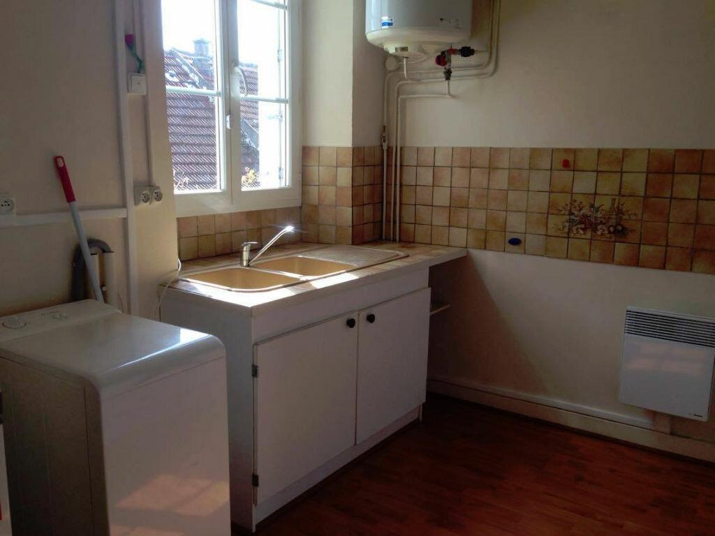 Location Appartement 2 pièces à Milly-la-Forêt - vignette-5