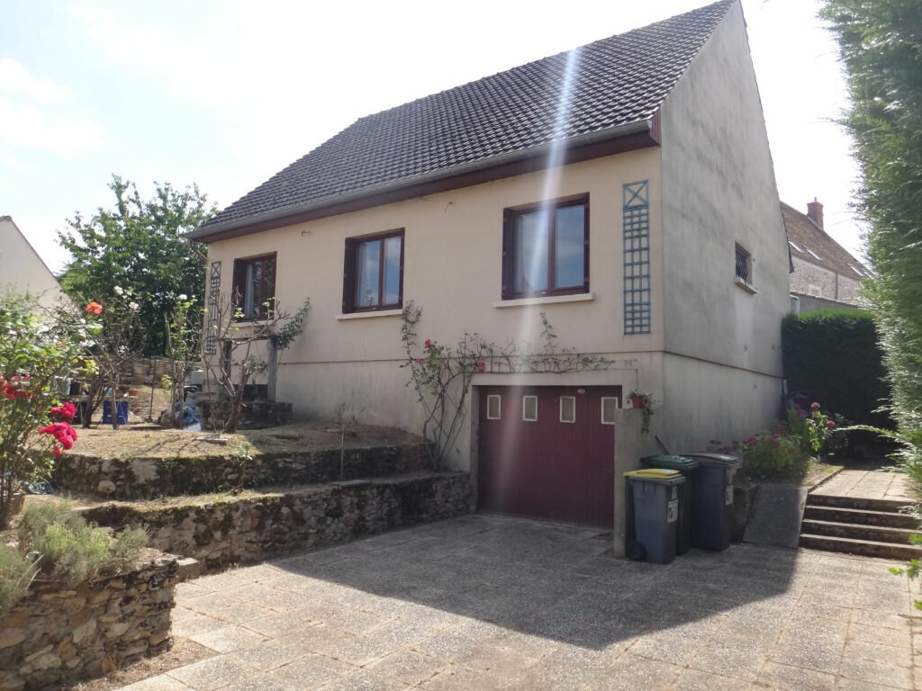Achat Maison 6 pièces à Saint-Fargeau-Ponthierry - vignette-1