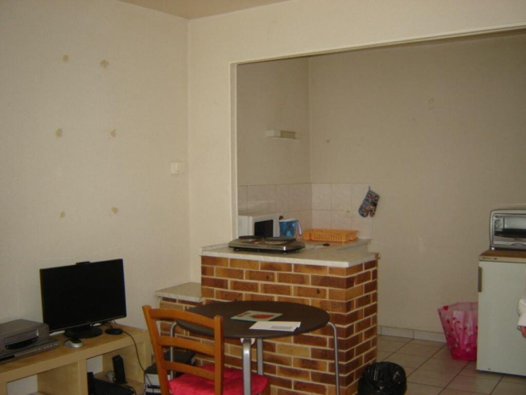 Location Appartement 2 pièces à Mer - vignette-1