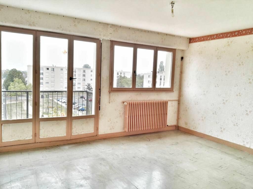 Achat Appartement 4 pièces à Blois - vignette-2