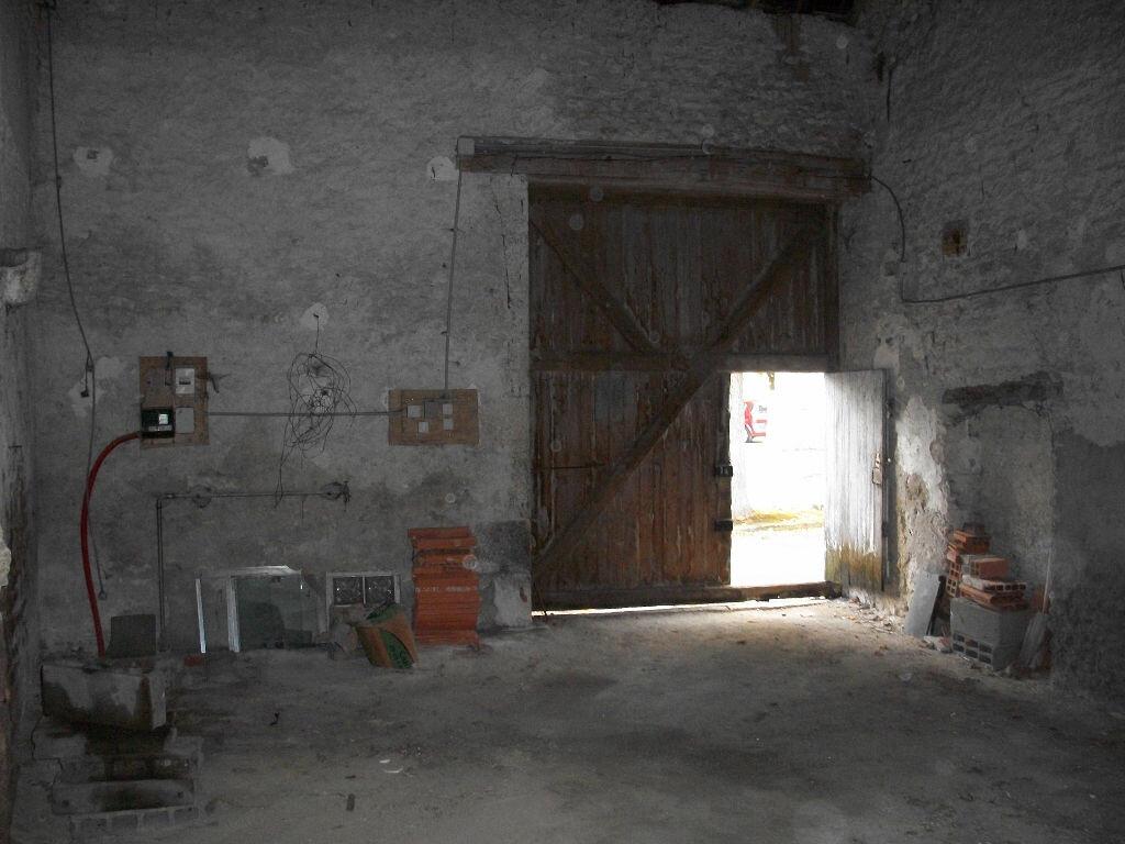 Achat Maison 2 pièces à La Chapelle-Saint-Martin-en-Plaine - vignette-2