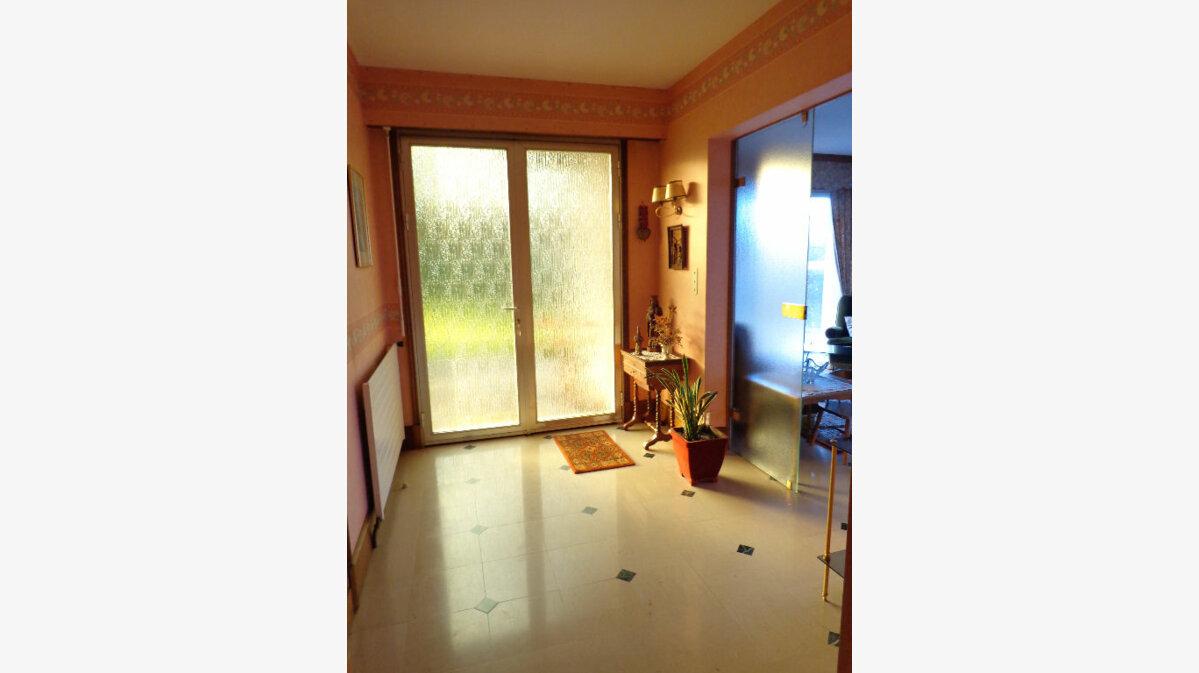 Achat Maison 6 pièces à Saint-Aubin-le-Vertueux - vignette-9