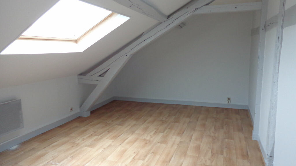 Location Appartement 1 pièce à Bernay - vignette-1