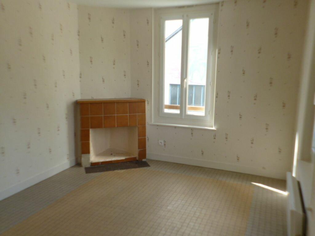 Location Appartement 3 pièces à Brionne - vignette-1
