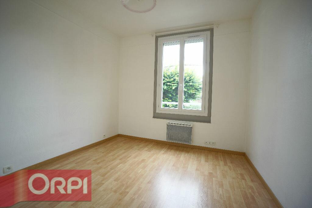 Location Maison 3 pièces à Bernay - vignette-4