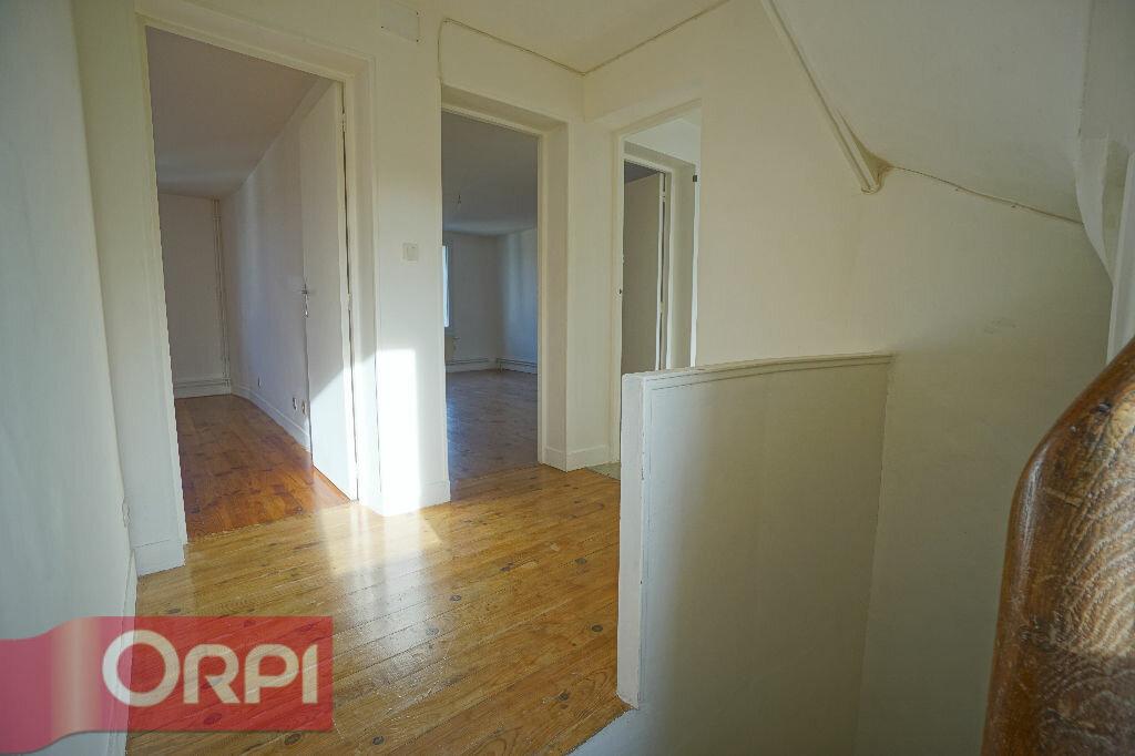 Location Maison 5 pièces à La Chapelle-Hareng - vignette-9
